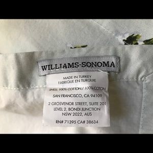 Williams Sonoma Dining - Williams Sonoma Holiday Napkins set of 4